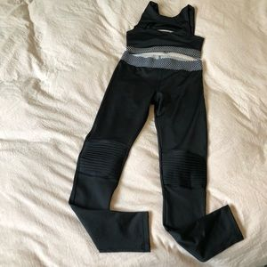Olympia Activewear Set. Small